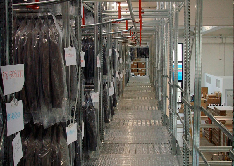 Metal shelving - Automated warehouse  Metalsistem Marche